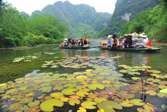 balade en barque à Trang An, Ninh Binh